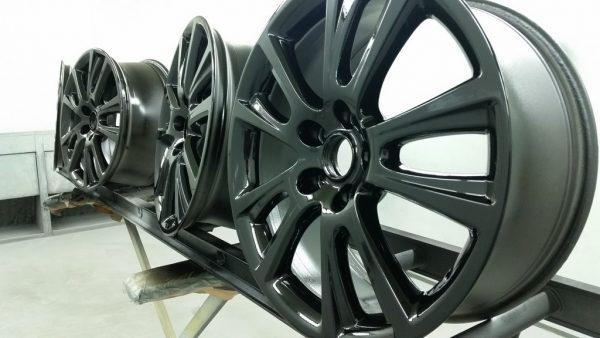 Skoda Fabia VRS Alloy wheel repair and colour change